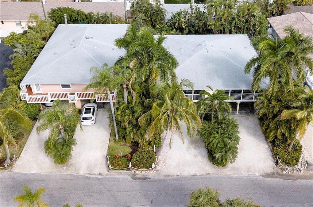 1011-1013 Point of Rocks Rd Sarasota, FL 34242