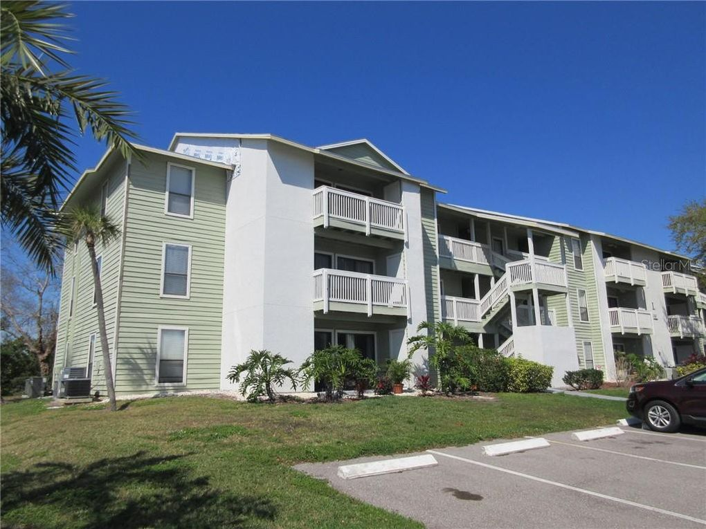 455 Alt 19 S Apt 204 Palm Harbor, FL 34683
