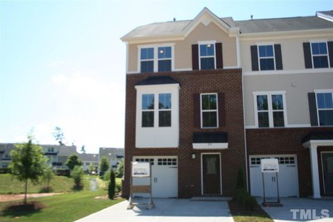 Photo of 812 Suffield Way, Cary, NC 27519