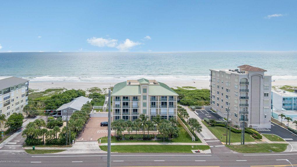 2465 S Atlantic Ave Apt 201 Cocoa Beach, FL 32931