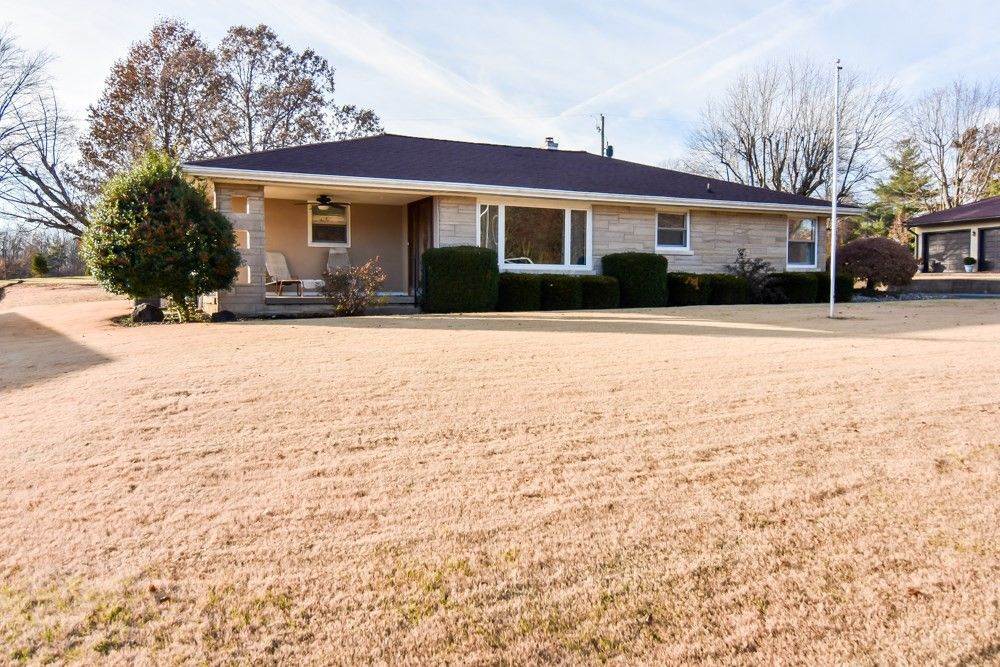 13012 Old State Rd Evansville, IN 47725