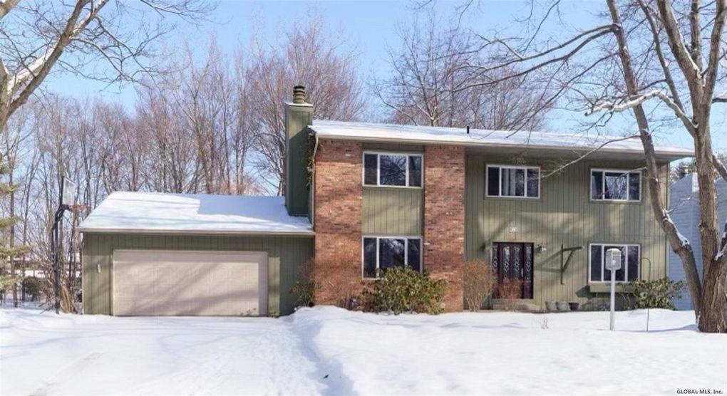 69 Huntersfield Rd Delmar, NY 12054