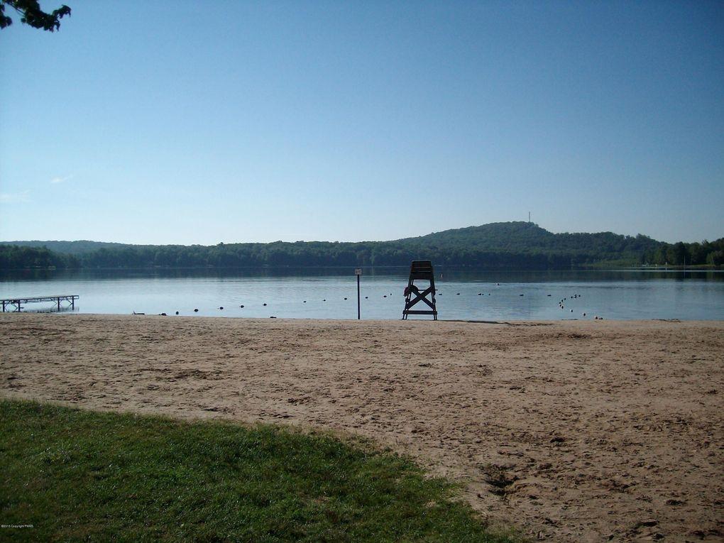 Winebago Dr Lot 3 Pocono Lake, PA 18347