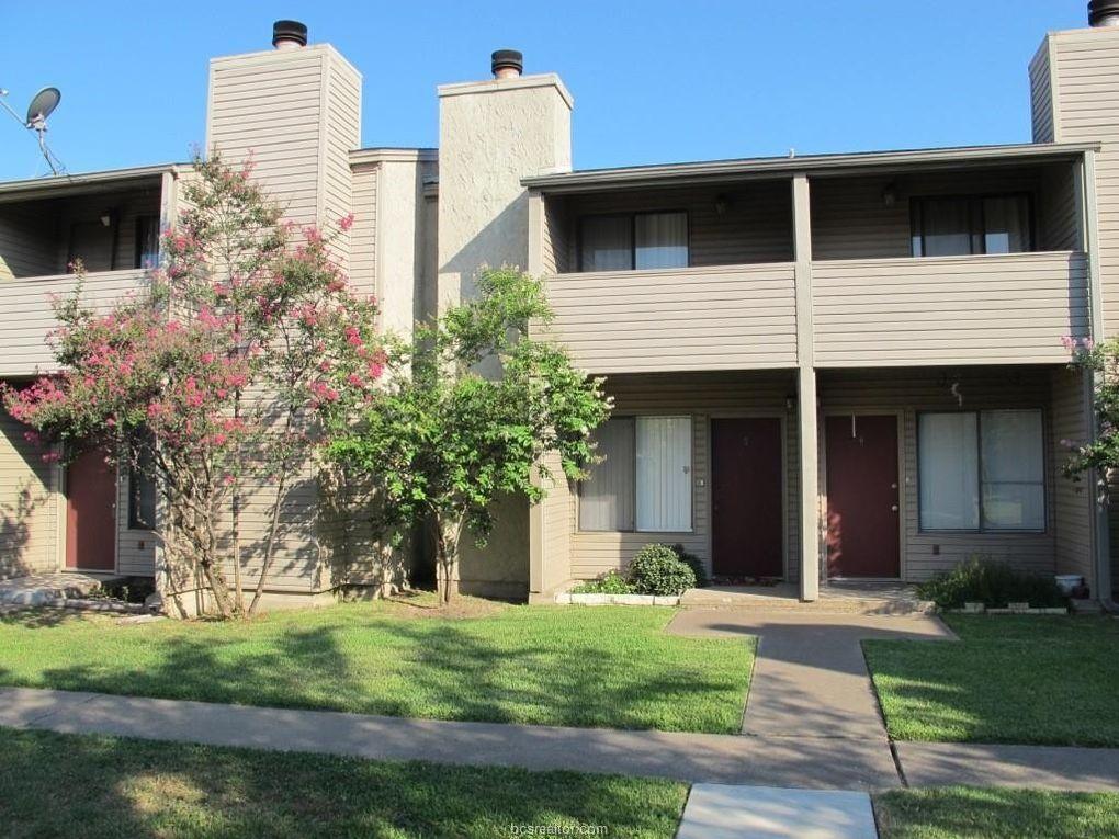 1900 Dartmouth St Apt I1 College Station, TX 77840