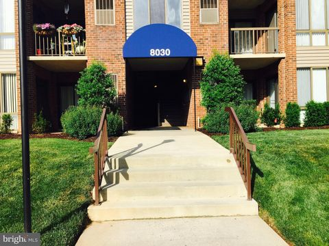 Photo of 8030 Needwood Rd Apt T103, Derwood, MD 20855