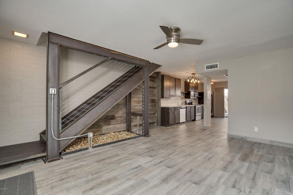 4846 N Woodmere Fairway Apt 8, Woodmere Laminate Flooring