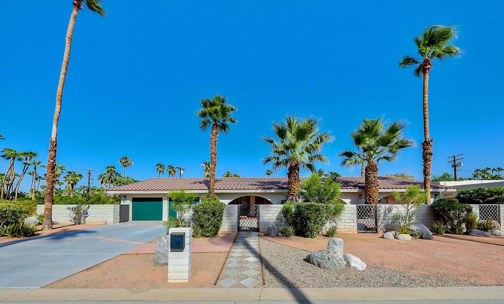 1970 S Joshua Tree Pl Palm Springs, CA 92264