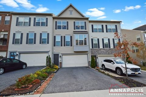 Photo of 876 Nancy Lynn Ln, Arnold, MD 21012