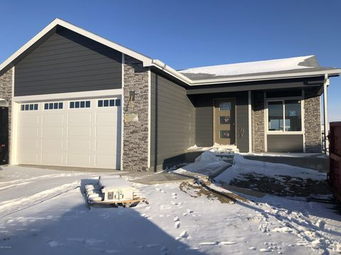 Photo of 1209 Brown Duck Dr, Gillette, WY 82718