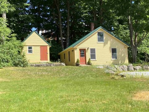 Photo of 21 Old Sharon Rd, Peterborough, NH 03458