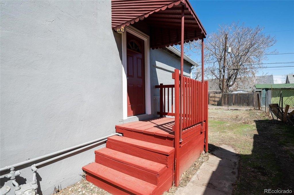 Porch featured at 4770 Vine St, Denver, CO 80216