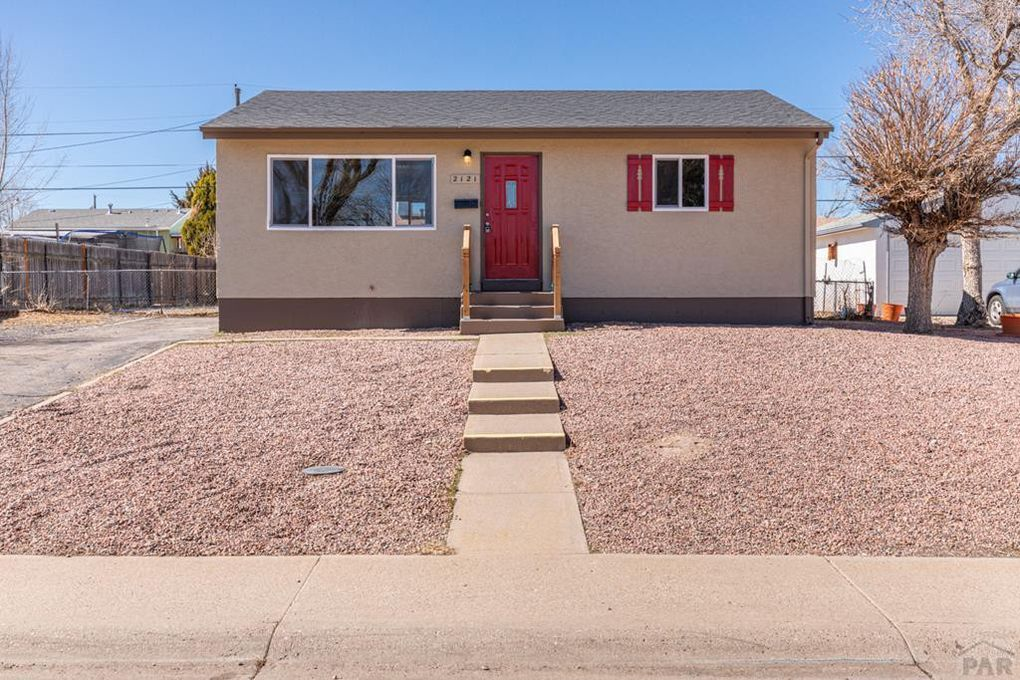 2121 Sherwood Ln Pueblo, CO 81005