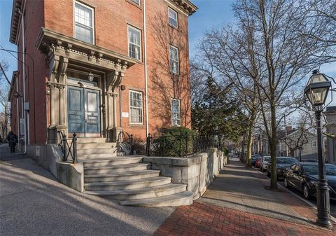 Photo of 395 Benefit St Apt 6, East Side of Providence, RI 02903