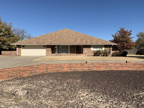 Photo of 119 15th St, Hereford, TX 79045