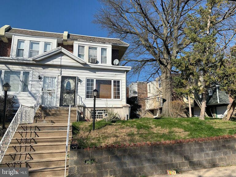 1925 Church Ln Philadelphia, PA 19141