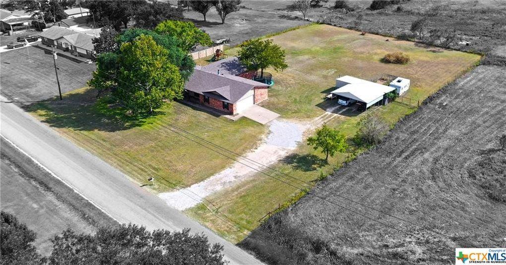 419 River Oaks Dr Gatesville, TX 76528