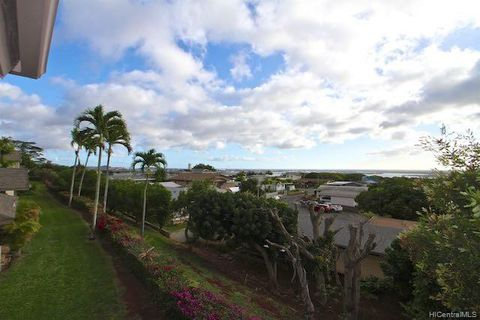 Photo of 98-1696 Kaahumanu St Apt D, Pearl City, HI 96782