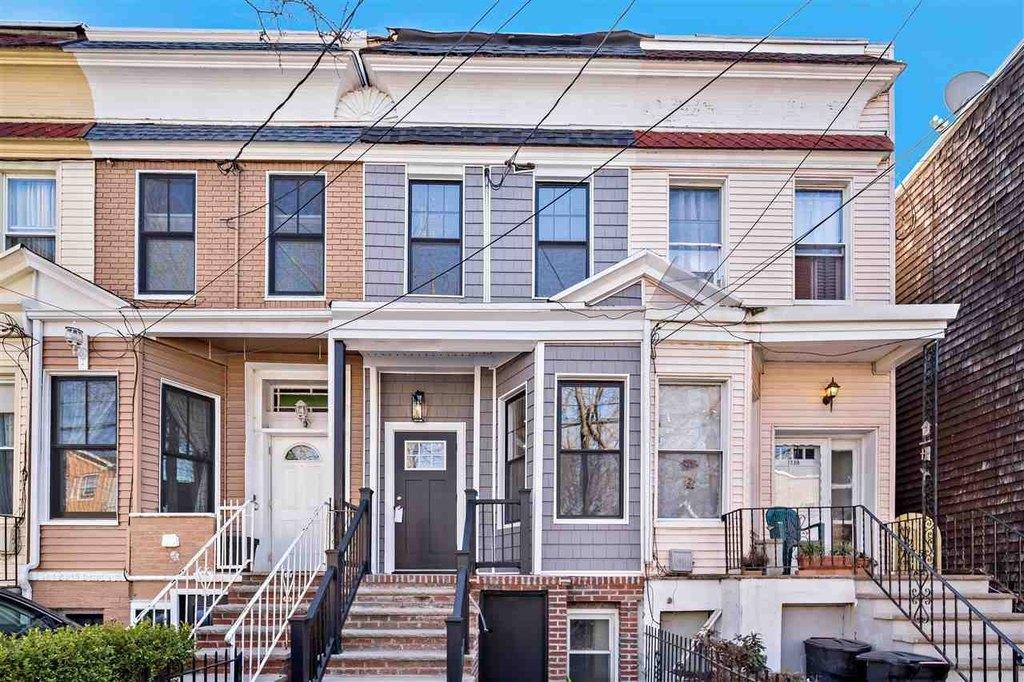 173 Hutton St, Jersey City, NJ 07307