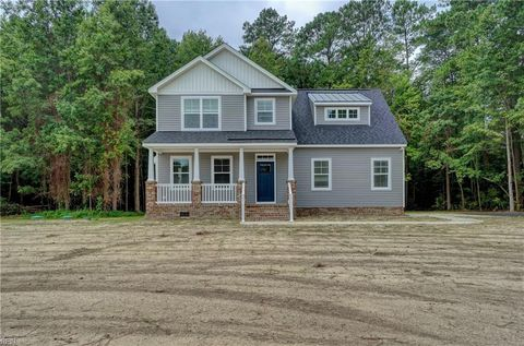 Photo of 8314 Gates Rd, Suffolk, VA 23437
