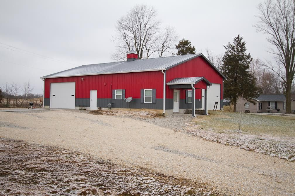 37 Highway D Hawk Point, MO 63349