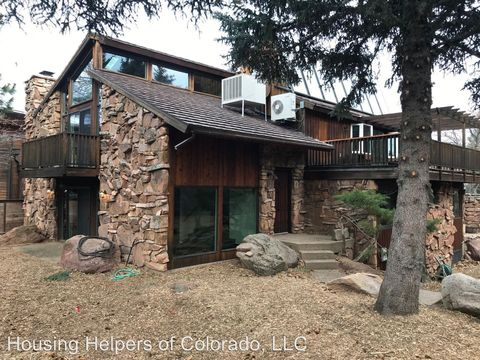 Photo of 321 Foxtail Ct, Boulder, CO 80305