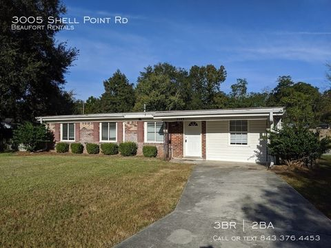 Photo of 3005 Shell Point Rd, Beaufort, SC 29906