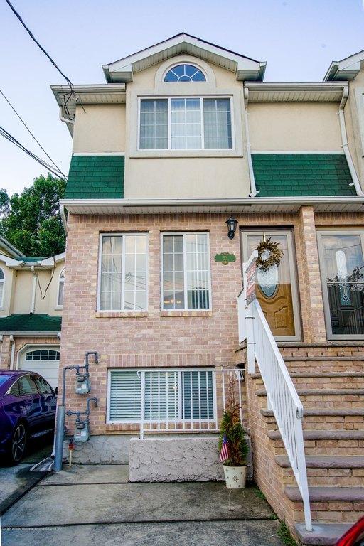 53 Pheasant Ln Staten Island Ny 10309 Realtor Com