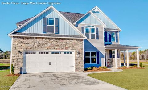 Photo of 706 Crystal Cove Ct, Sneads Ferry, NC 28460
