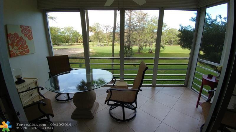 605 Oaks Dr Apt 205 Pompano Beach, FL 33069
