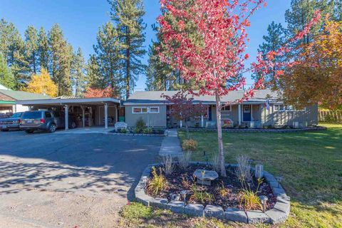 Photo of 210 Riverwood Dr, Chester, CA 96020