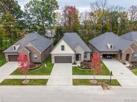 Photo of 5777 Iris Ct, Oakland Township, MI 48306