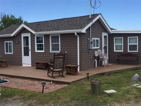 Photo of 271 Great Island Rd Unit E, Narragansett, RI 02882