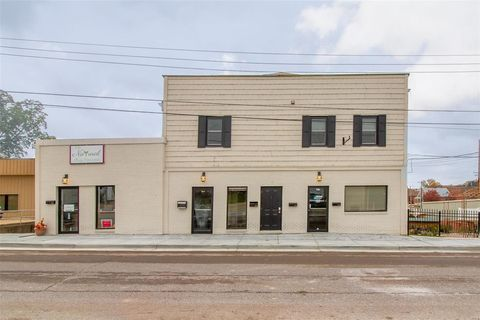 Photo of 319 Lafayette St Unit A, Washington, MO 63090