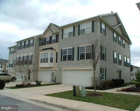 Photo of 1541 Falling Brook Ct, Odenton, MD 21113