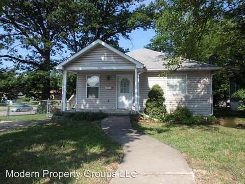 Photo of 503 Woodlawn Ave, Columbia, MO 65203