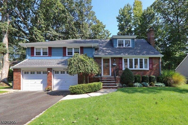 202 Oak Ln Cranford, NJ 07016