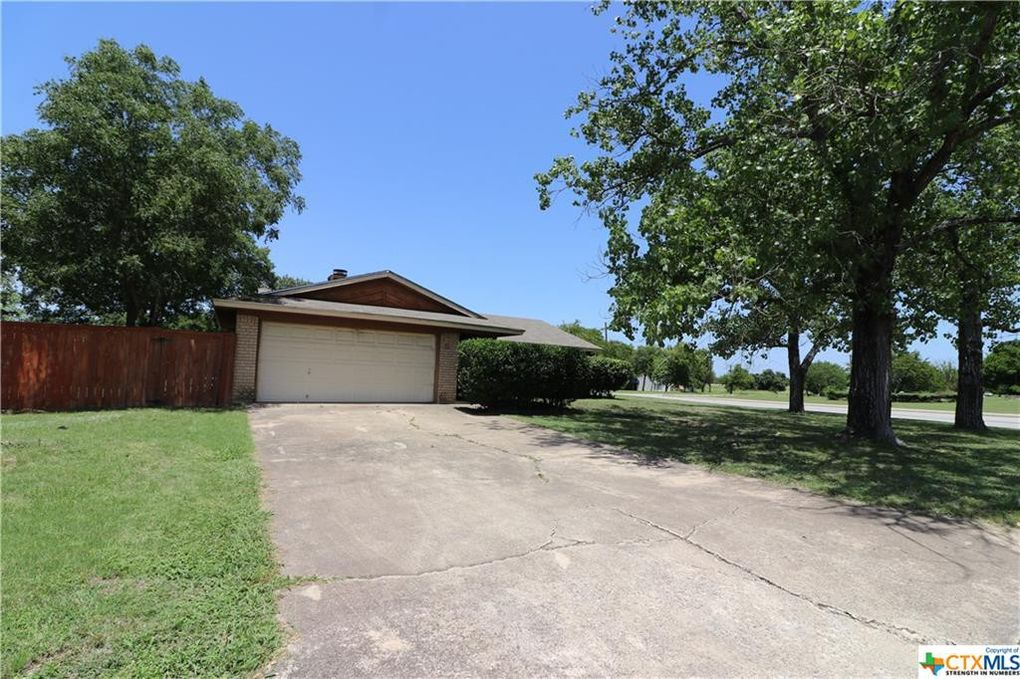 1500 Antelope Trl Harker Heights, TX 76548