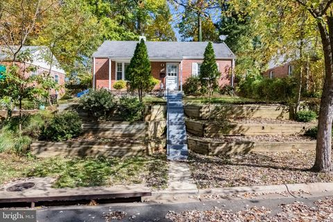Photo of 11619 Gail Pl, Silver Spring, MD 20902