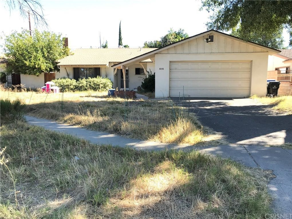 8848 Comanche Ave Winnetka, CA 91306