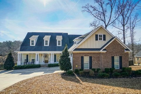 Photo of 135 Myrick Dr, Macon, GA 31220