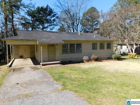 Photo of 804 Park Ave, Fairfield, AL 35064