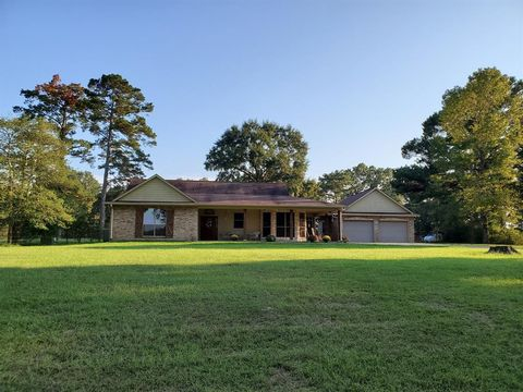 Photo of 3255 County Road 2570, Woodville, TX 75979