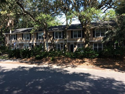 Photo of 4003 Hartnett Blvd Apt 4, Isle Of Palms, SC 29451