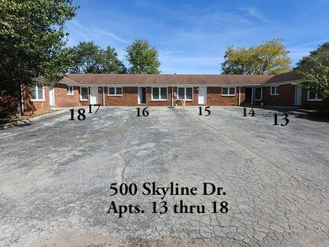 Photo of 500 Skyline Dr Apt 17, McMinnville, TN 37110