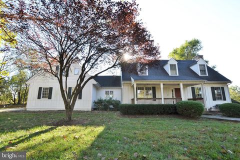 Photo of 5384 Rallywood Farm Ln, The Plains, VA 20198
