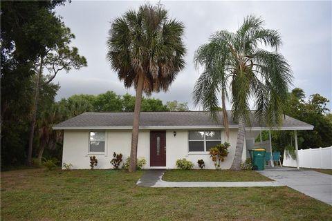 Photo of 705 Phyllis St, Port Charlotte, FL 33948