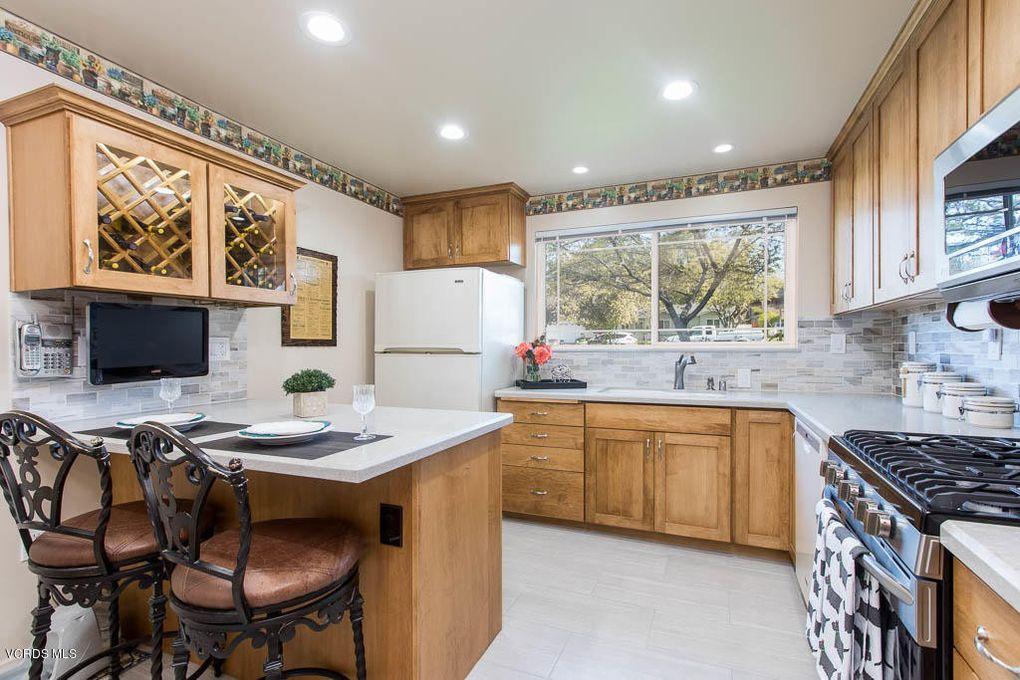 1056 E Avenida De Las Flores Thousand Oaks Ca 91360 Realtor Com