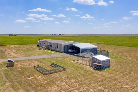 Photo of 22300 Adkisson Rd, Canyon, TX 79015