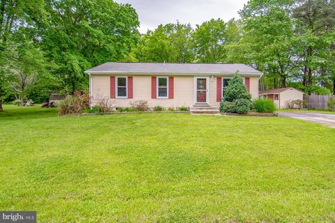 Photo of 15905 Dusty Ln, Accokeek, MD 20607