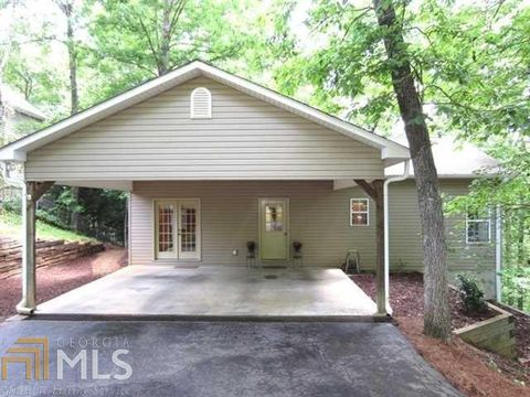 Photo of 3649 Lakeview Dr, Gainesville, GA 30501